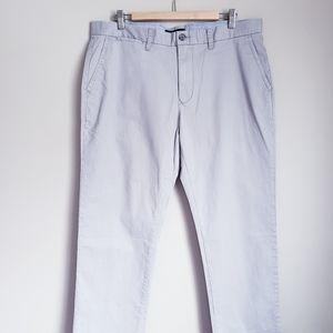 TOMMY HILFIGER | Custom fit 36/30 Mens Pants